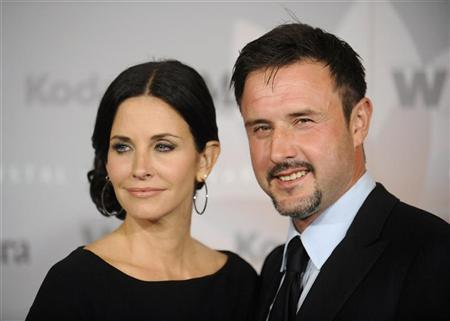 Actors Courteney Cox and her husband David Arquette attend the 2010 Women in Film Crystal+Lucy Awards in Los Angeles